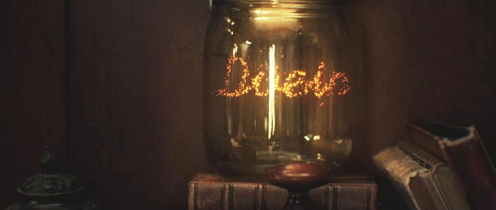 OFFF Barcelona 2013, Main Titles, Fireflies in a jar